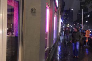 ベルギー・ブリュッセル 飾り窓でモルドバ人の超絶美女と
